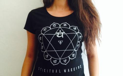 T-Shirt Donna Spirtual Warrior - 4° Chakra Anahata